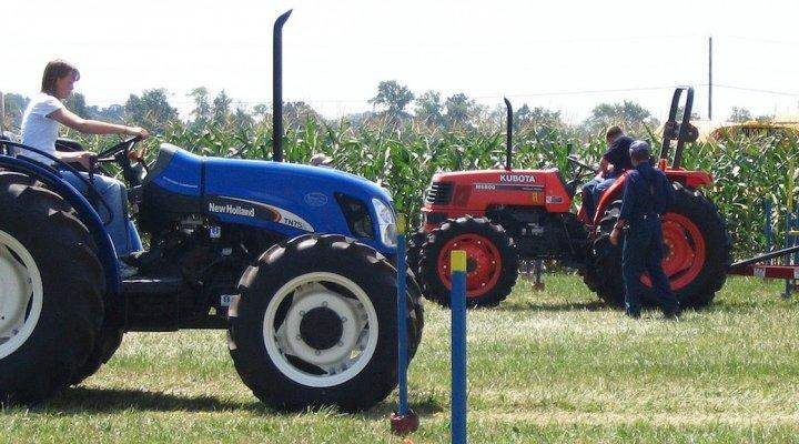 как поставить на учет трактор